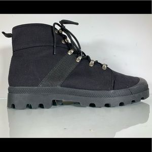 Urban Outfitters 6 Eye Black Canvas Combat Boots
